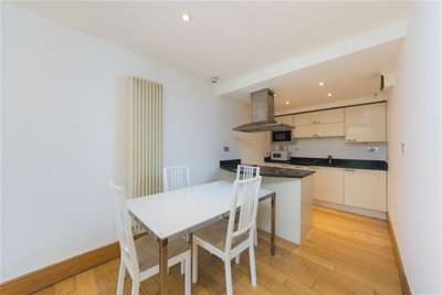 2 bedroom flat to rent inverness terrace bayswater w for 2 4 6 inverness terrace bayswater london england