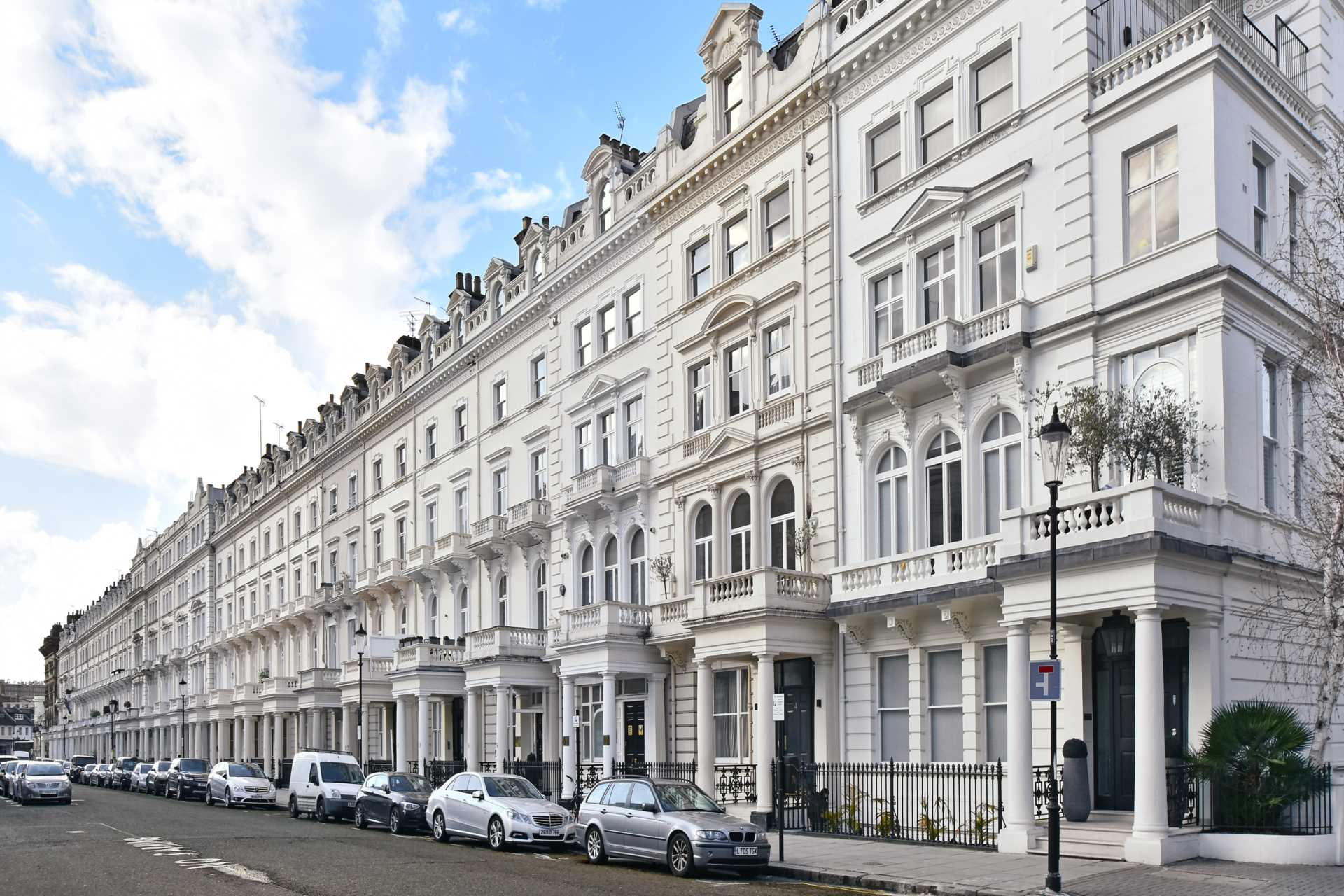 2 bedroom apartment to rent queen 39 s gate terrace london for Queens gate terrace