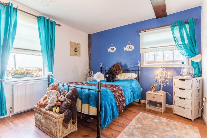 Bedroom Properties For Sale In Leigh On Sea