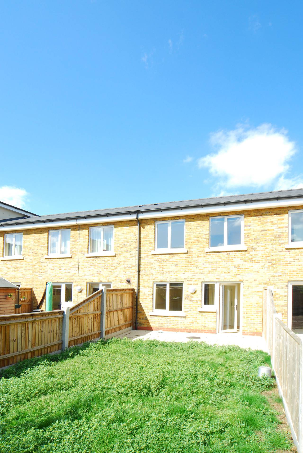 2 Bedroom Terraced House For Sale Lefevre Walk Bow E