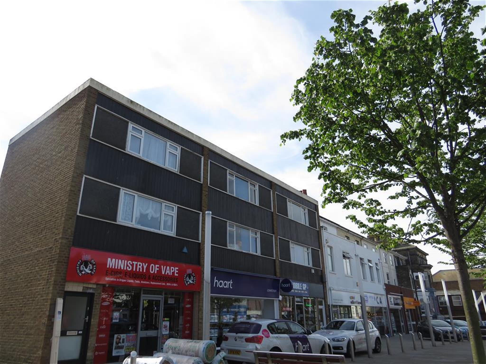 2 bedroom maisonette to rent london road north lowestoft for Lowestoft bathroom centre