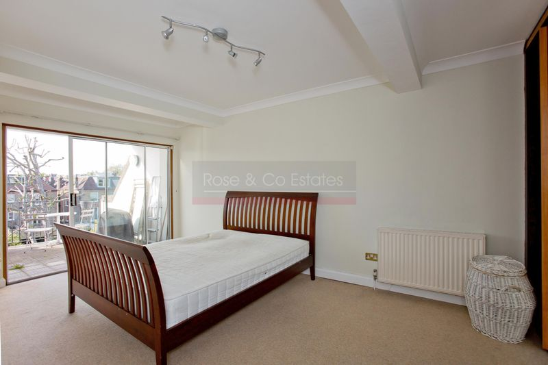 3 Bedroom Flat For Sale Greencroft Gardens London Nw