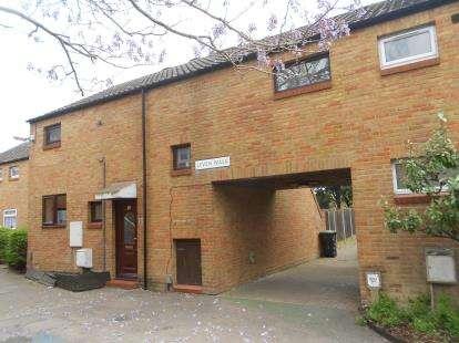 4 bedroom terraced house for sale, Leven Walk, Bedford ...