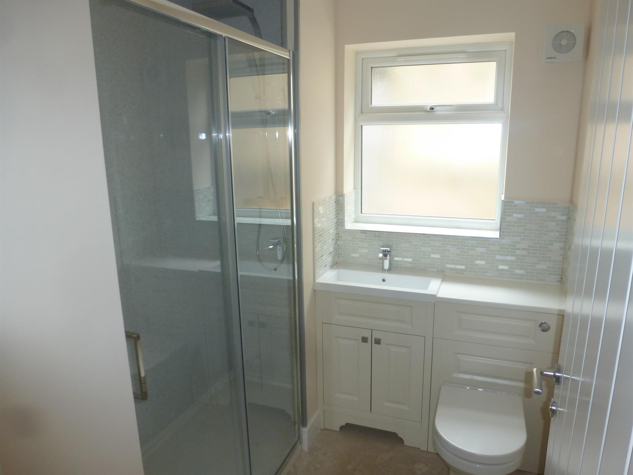 Is 747 A Good Credit Score >> 2 bedroom detached bungalow for sale, Balmoral Avenue, Spalding, PE11 2RN