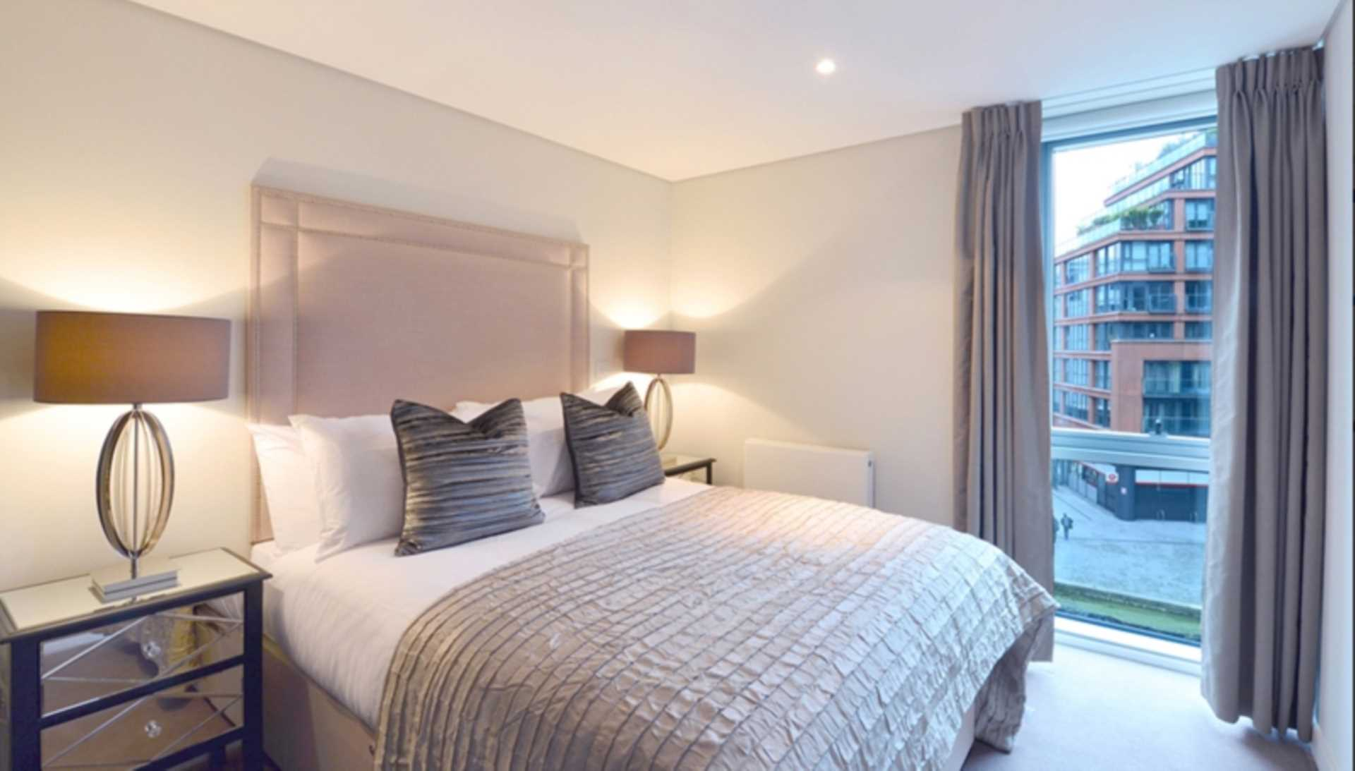 3 bedroom apartment to rent water views merchant square paddington london w2 1an for Three bedroom apartments london