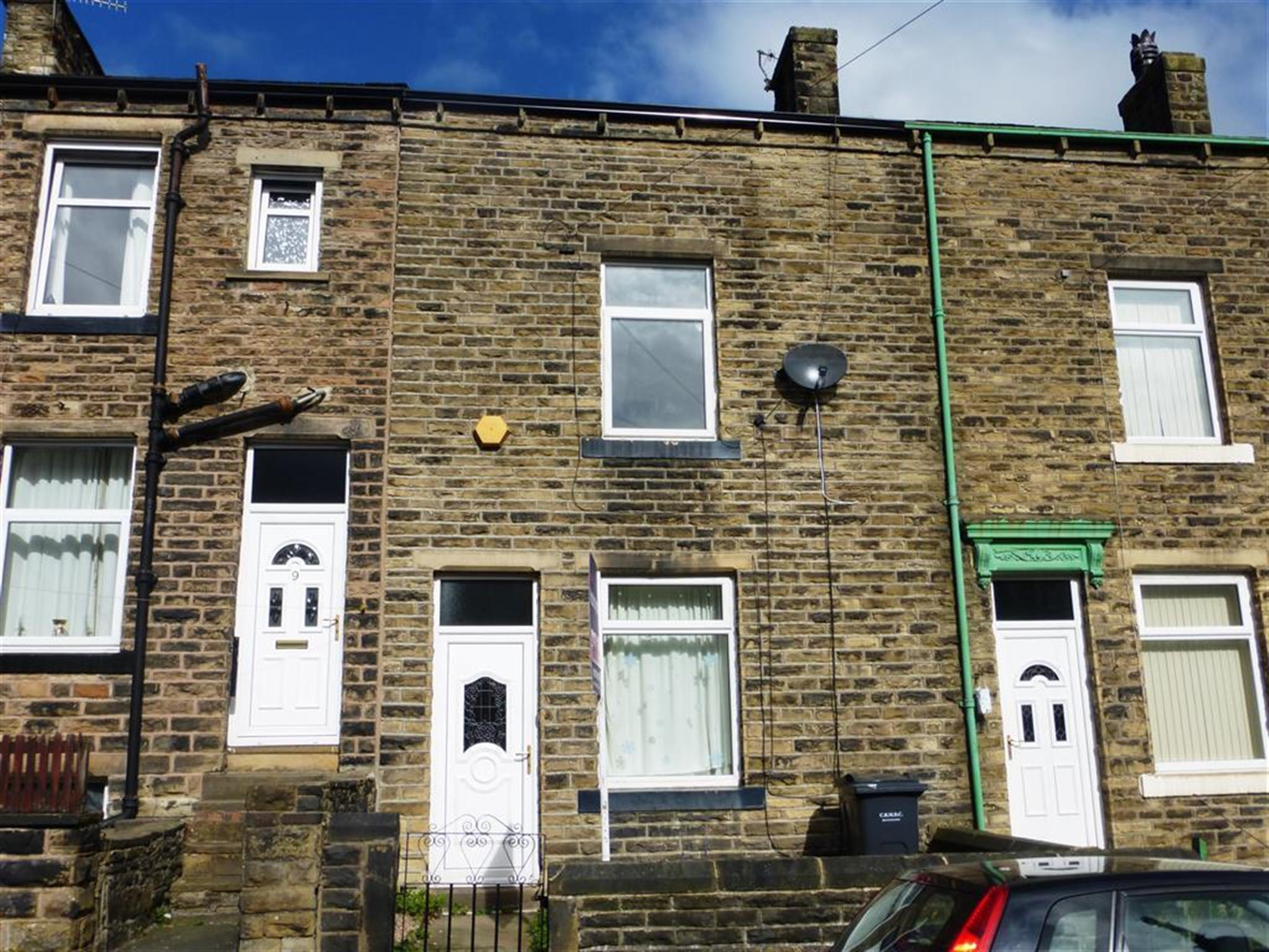 Yorkshire Terrace: 3 Bedroom Terraced House To Rent, Carleton Street