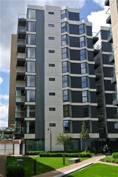1 Bedroom Flat To Rent Dance Square Barbican London Ec North Southwark Se1 0dl