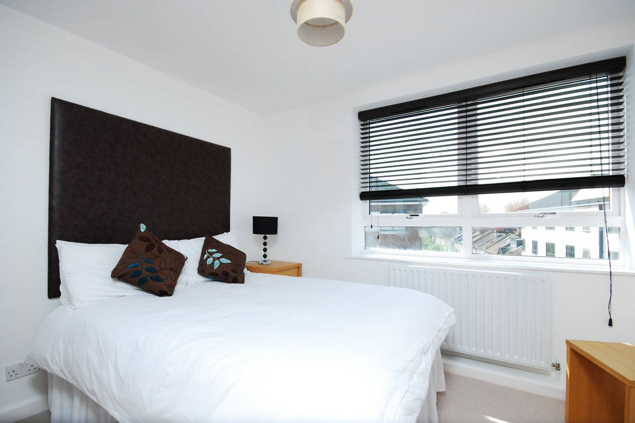 2 bedroom flat to rent kew bridge court chiswick w w4 for W 4 bathrooms chiswick