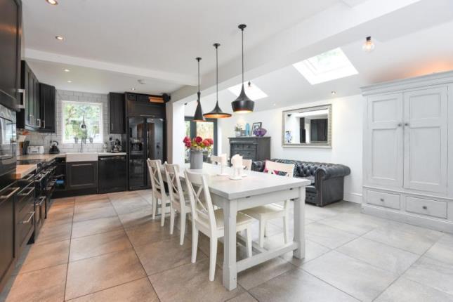 Rent A Room In Mackenzie Road Beckenham