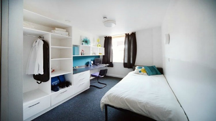 Bed Room House To Rent Luton