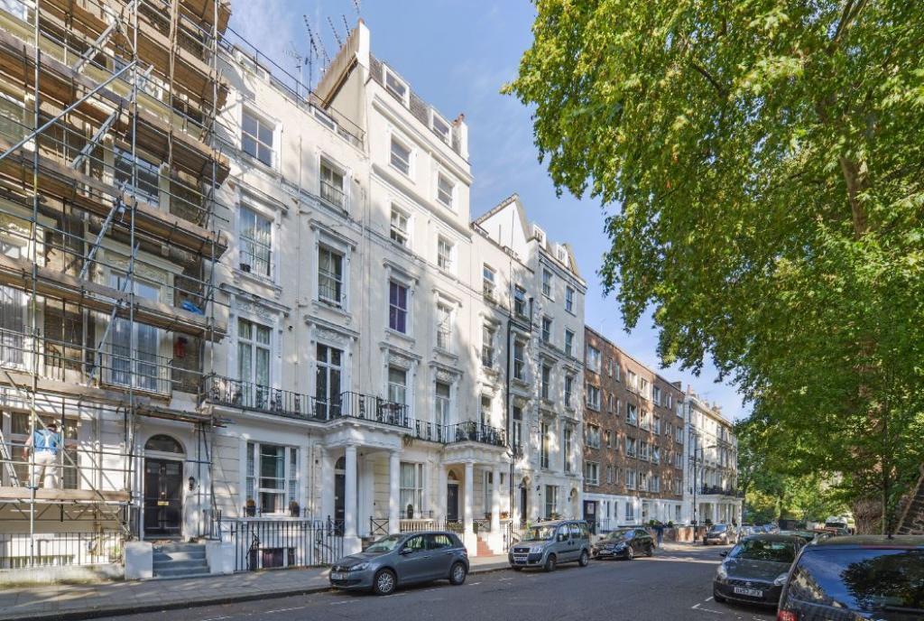 Studio flat to rent queensborough terrace london w w2 3tb for 18 leinster terrace london w2 3et