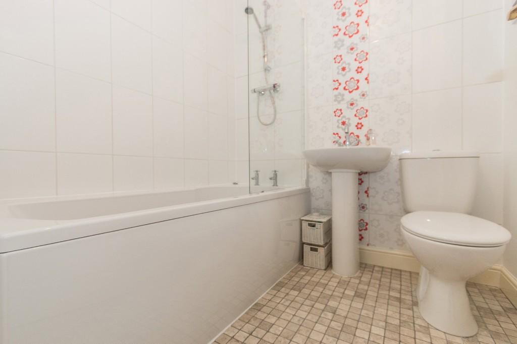 3 bedroom detached house for sale, Sedgebourne Way ...