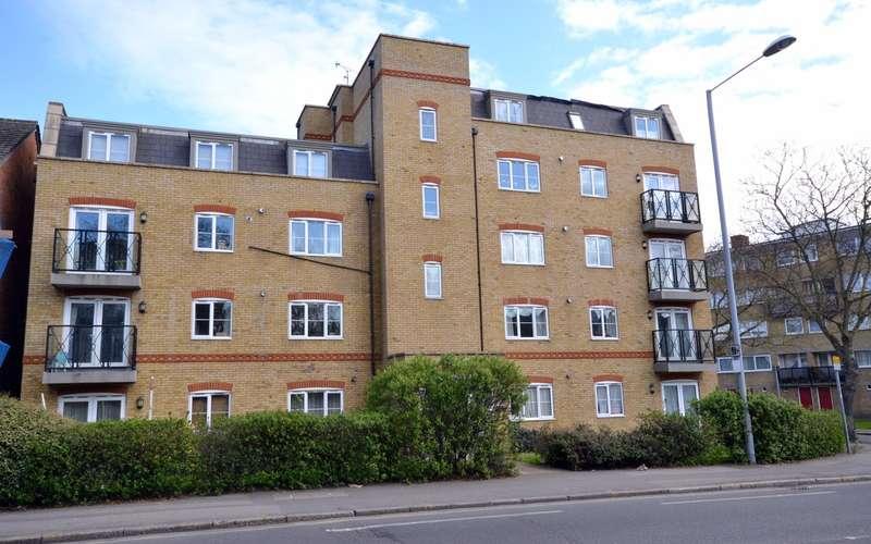 2 Bedroom Apartment For Sale Carrington Court Kingston Road New Malden Kt3 3pe