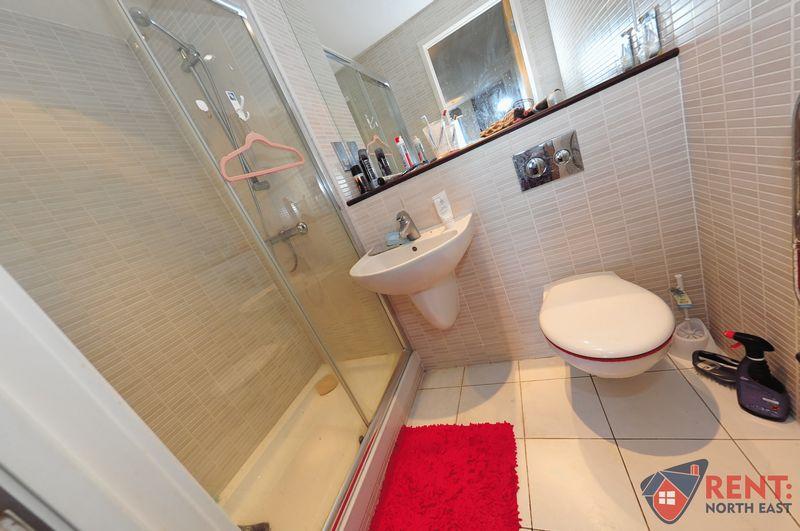 2 Bedroom Flat To Rent West Wear Street Sunderland