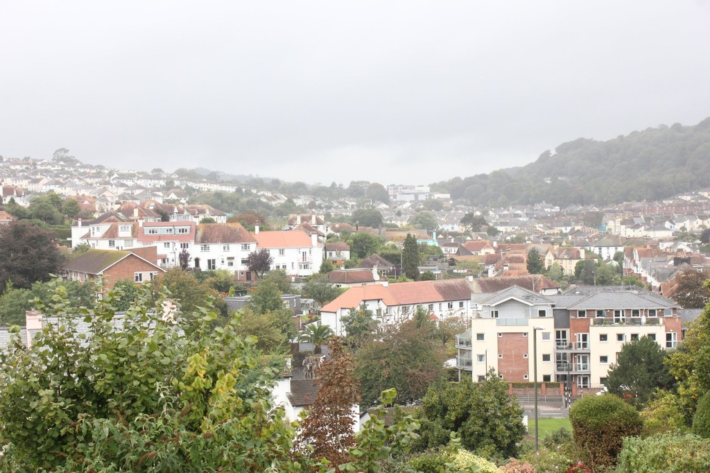 2 Bedroom Terraced House For Sale Roundham Road Paignton