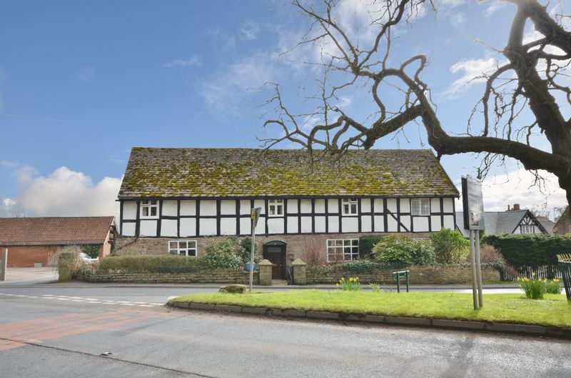 4 Bedroom Detached House For Sale Cross Farm House Credenhill Hereford Hr4 7dj