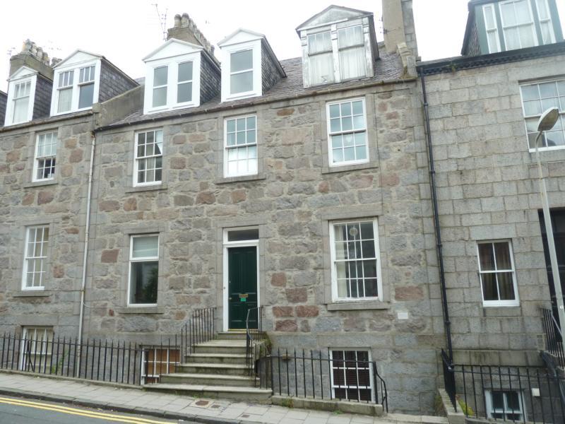 1 bedroom flat to rent skene terrace city centre
