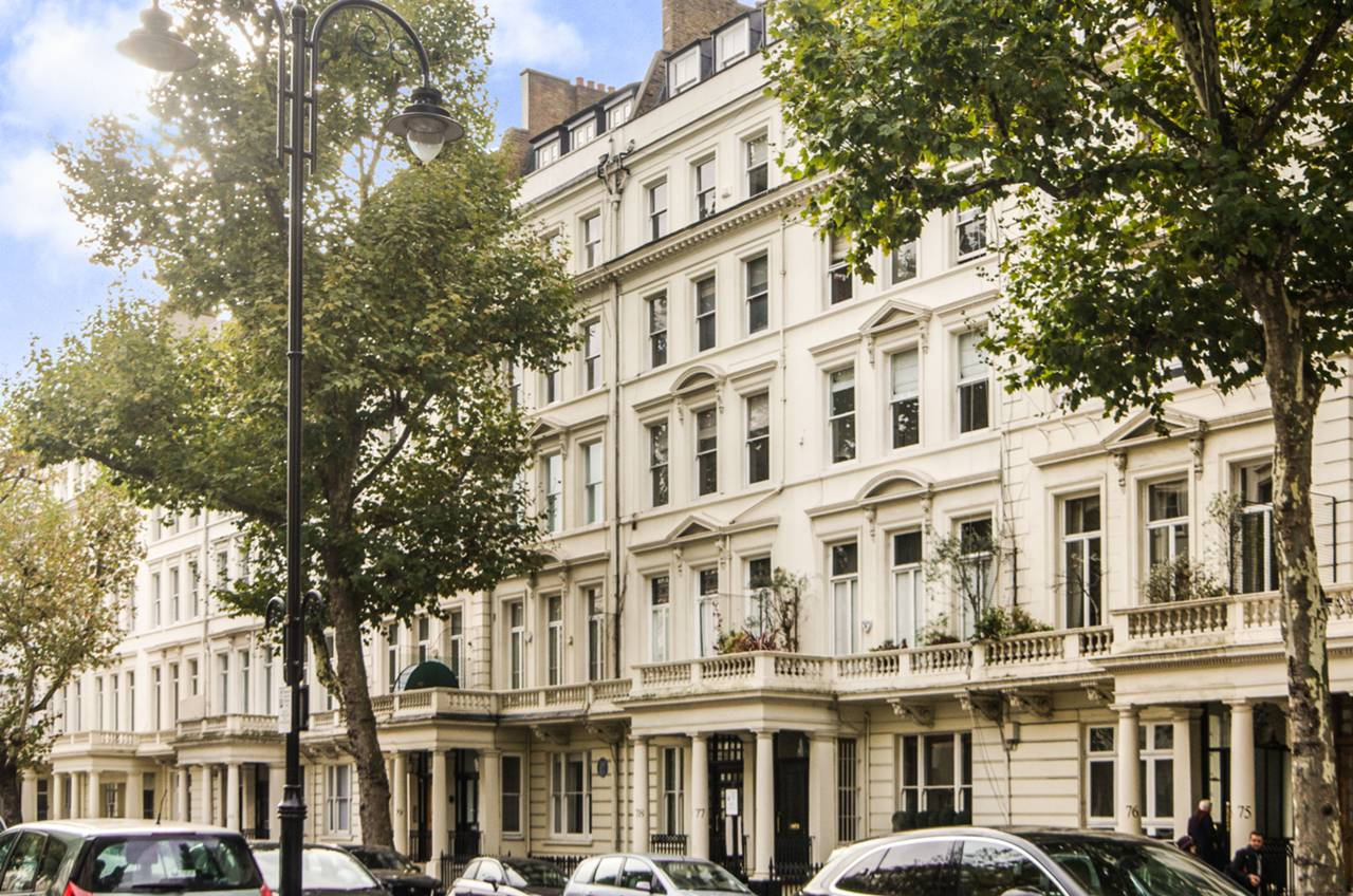 2 bedroom flat for sale queens gate south kensington sw for Queens gate terrace