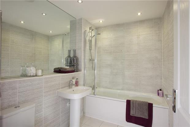 3 bedroom terraced house for sale the griffith abode for Show home bathrooms