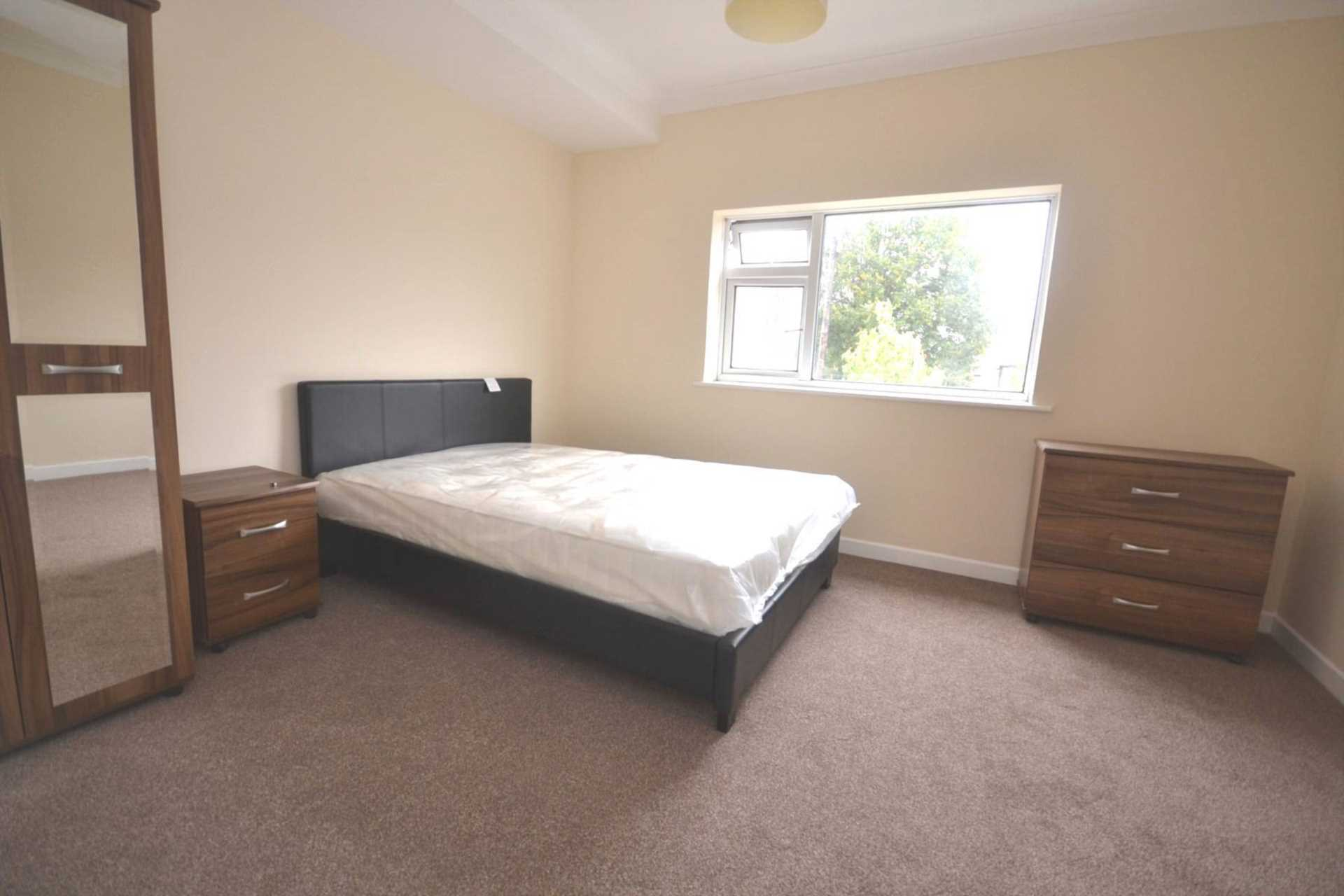 1 bedroom house share to rent school terrace reading 16935 | 8b5b9bc01fc0c6bc1473e97256a692cd