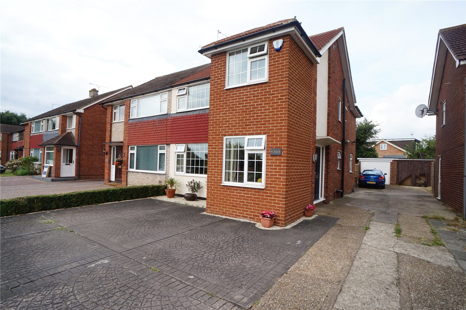 4 bedroom semi detached house for sale thong lane