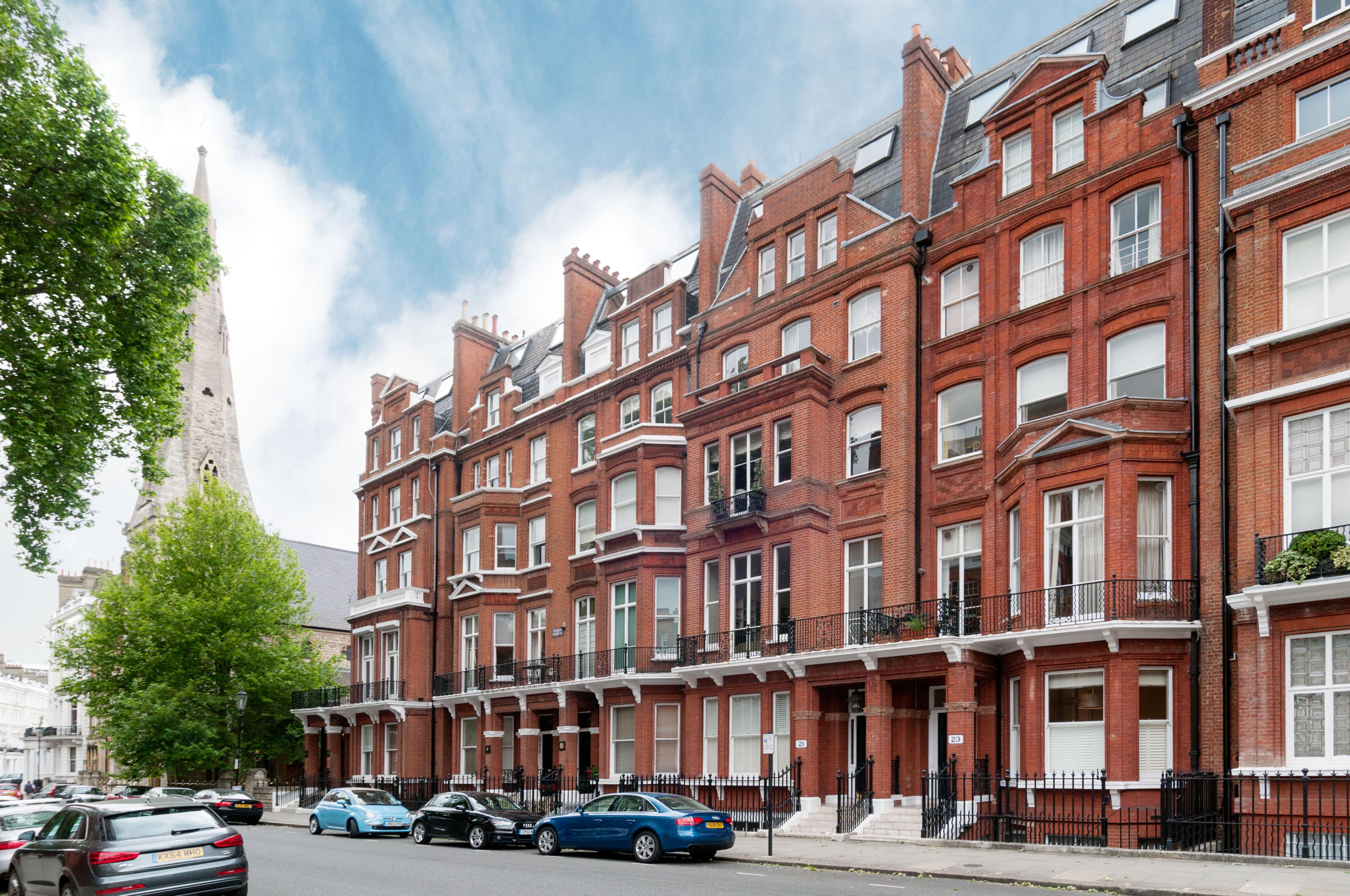 2 Bedroom Flat For Sale Cranley Gardens London Sw South