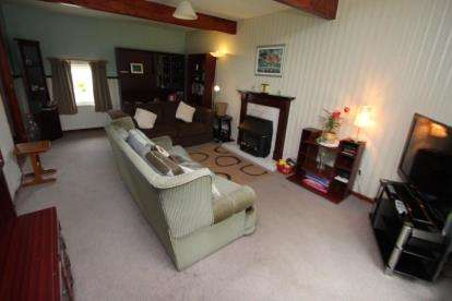 Muirfield Place Kilwinning Property For Sale