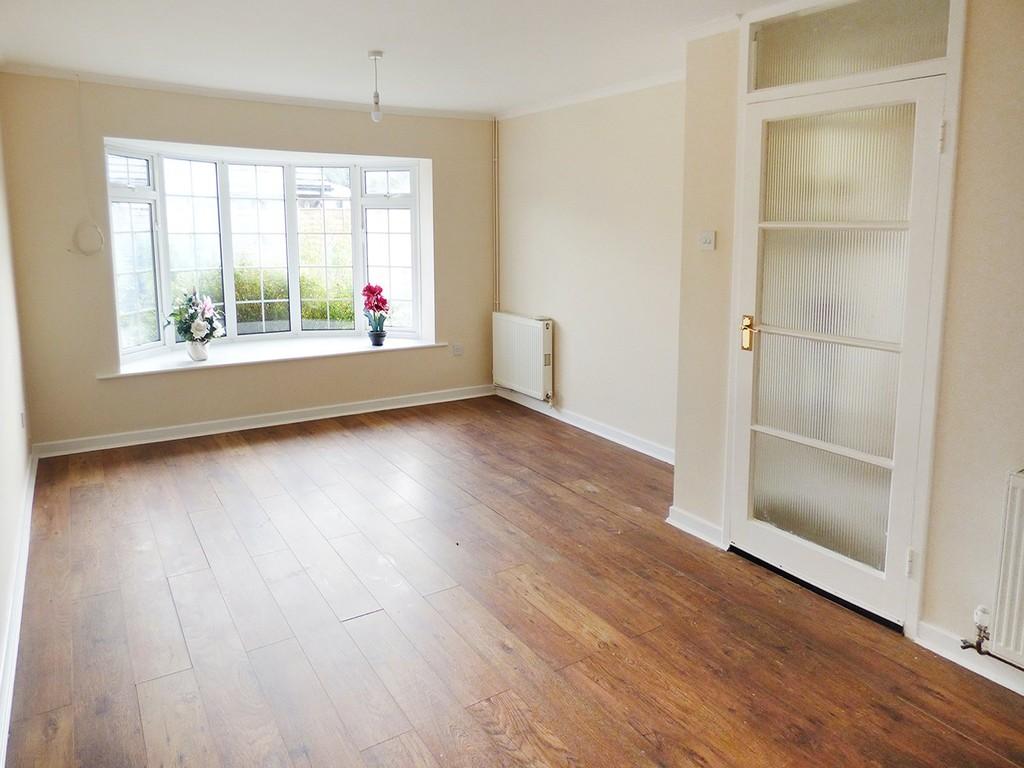 2 Bedroom Semi Detached Bungalow For Sale Compton Drive