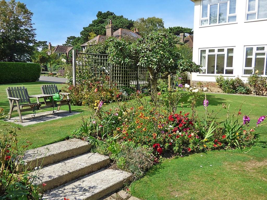 3 Bedroom Maisonette For Sale Harefield Gardens