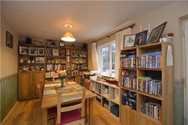 3 bedroom terraced house for sale cedars way bristol for 64 rustic terrace bristol ct