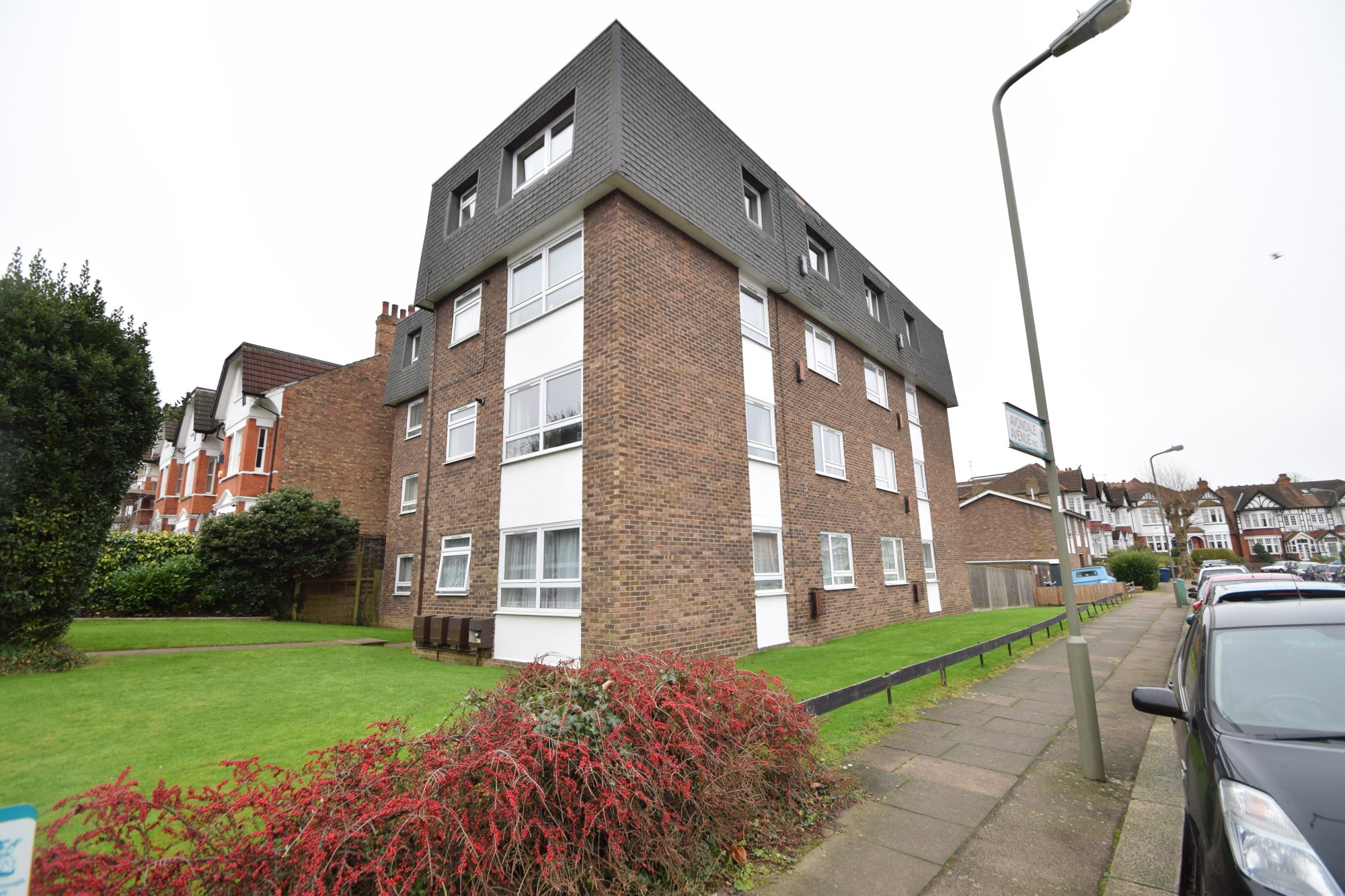 2 Bedroom Flat To Rent Holden Road North Finchley N