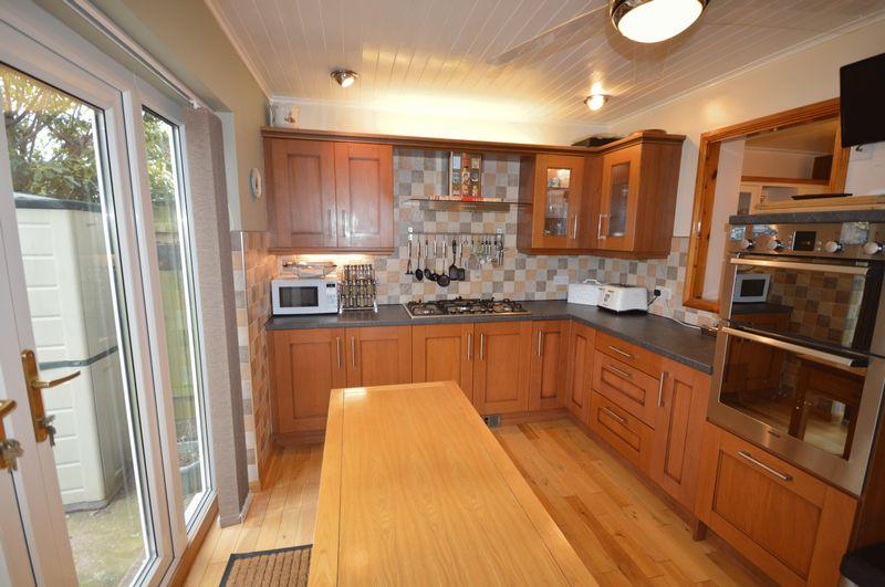 4 bedroom semi-detached house for sale, Lena Avenue ...