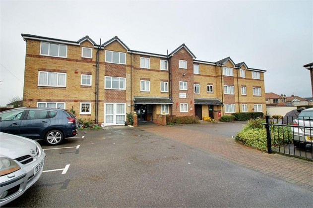 Property To Sell In Cheshunt Waltham Cross
