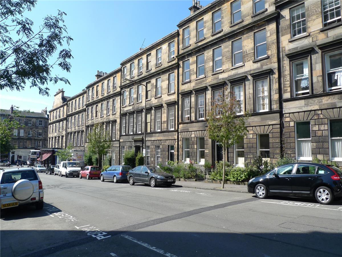 4 bedroom flat to rent, Lutton Place, Newington, Edinburgh ...