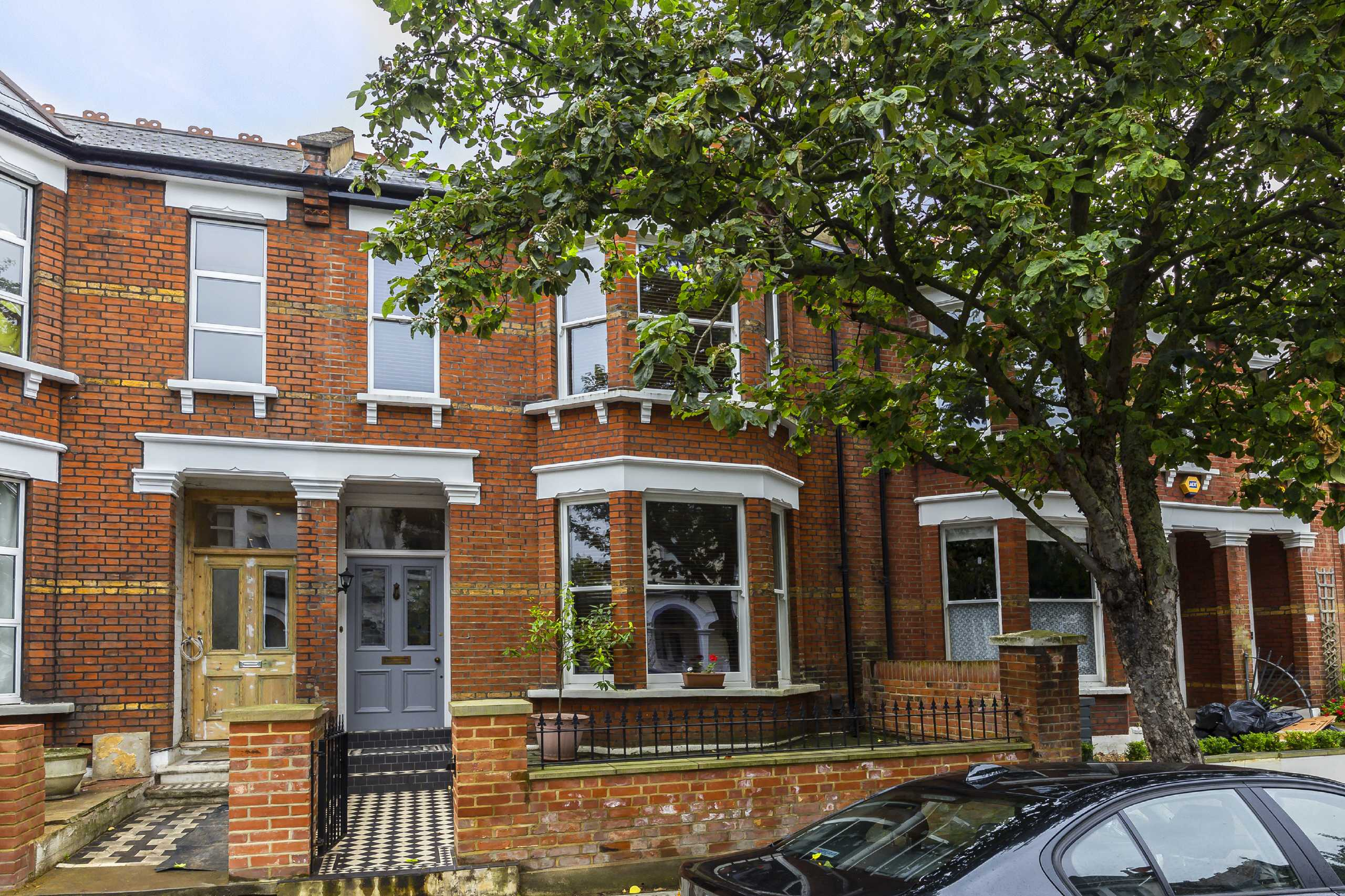 5 bedroom house for sale grafton road london w w3 6pb for Grafton house