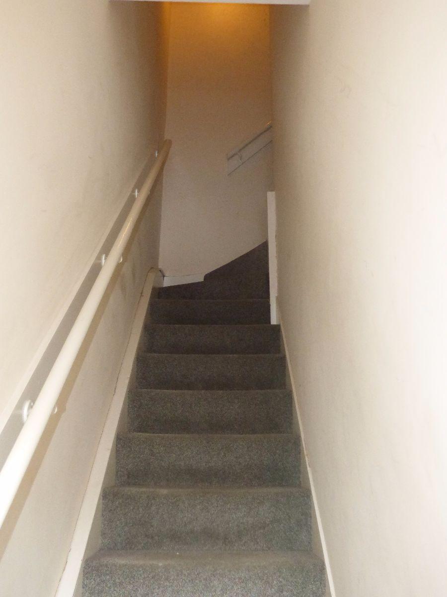 1 Bedroom Flat To Rent First Floor Victoria Street