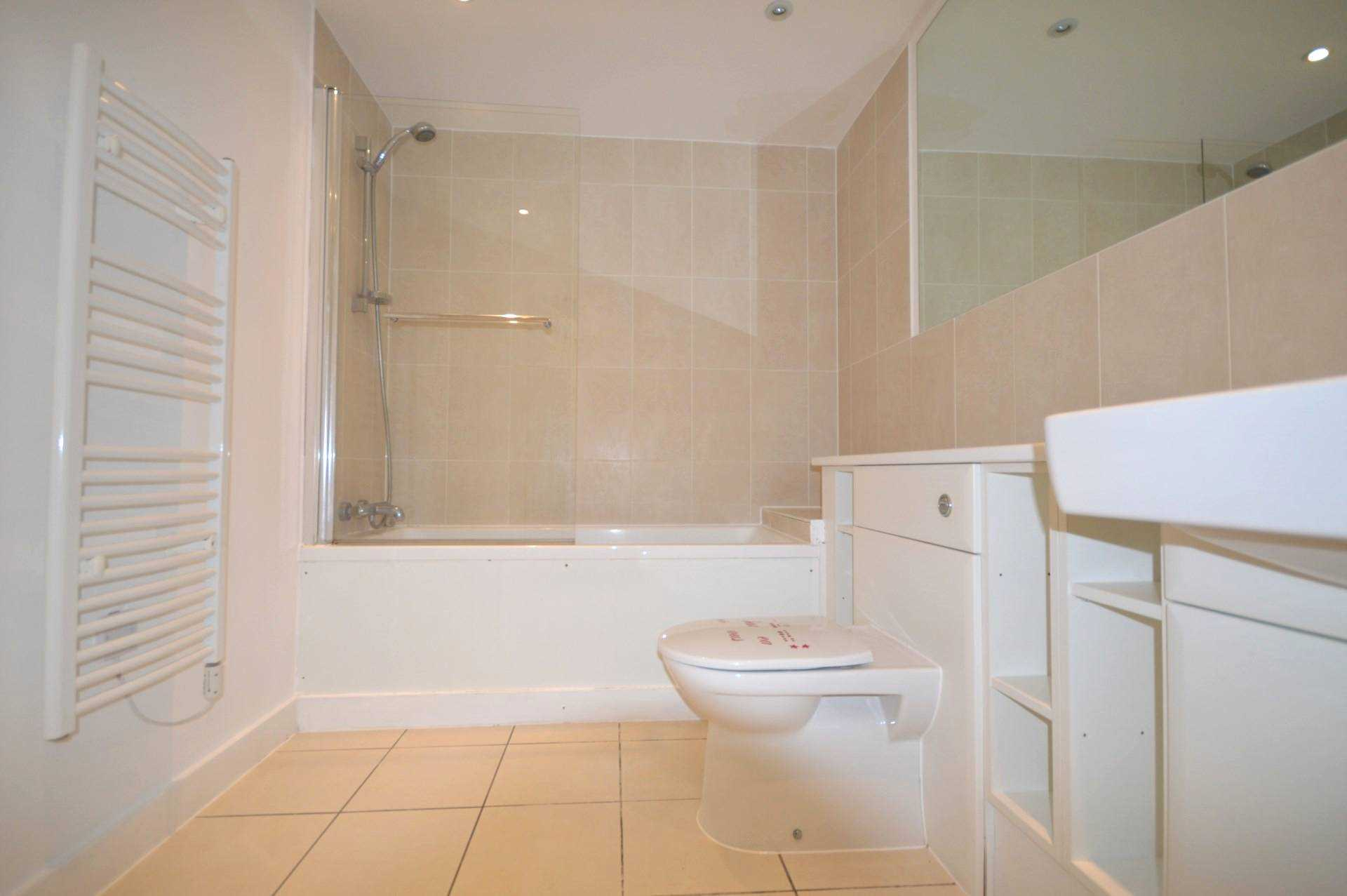 2 Bedroom Apartment For Sale Drift Court Basin Approach