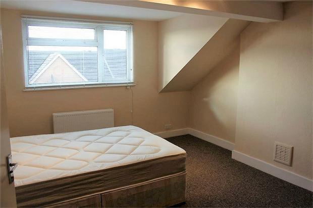 2 bedroom flat to rent, Claremont Road, Cricklewood, NW2 1BP