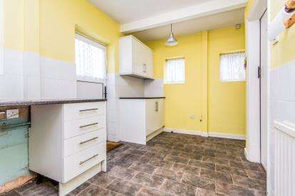 2 Bedroom Semi Detached House For Sale Wellington Street
