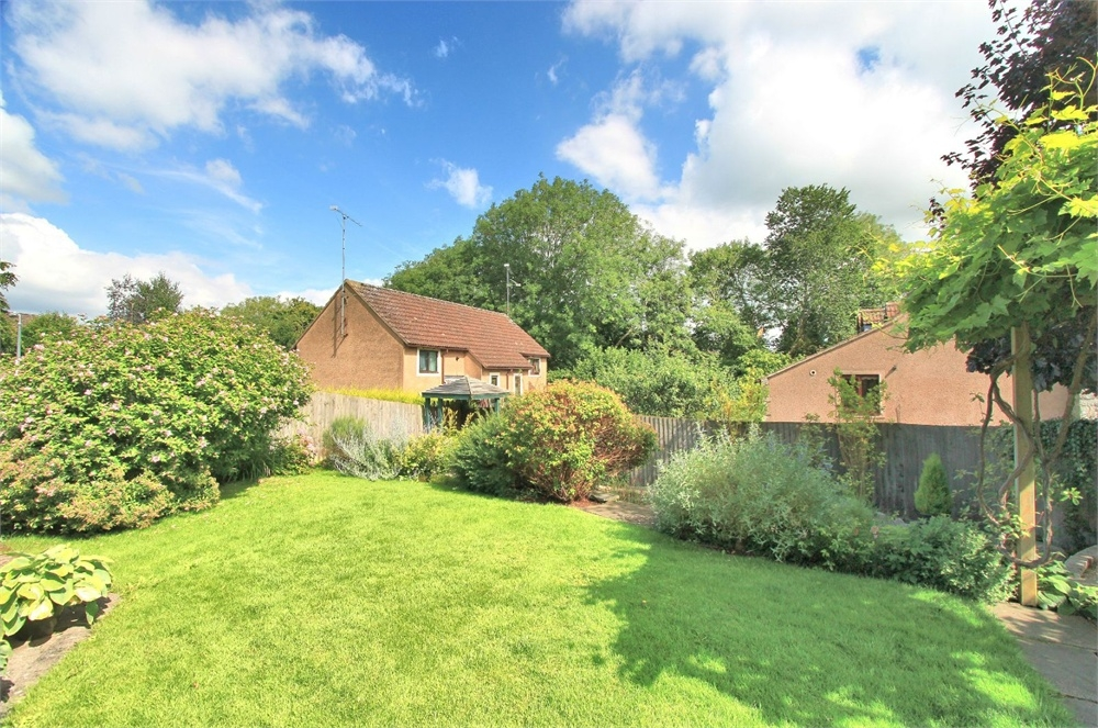 4 Bedroom Detached House For Sale Chatsworth Park