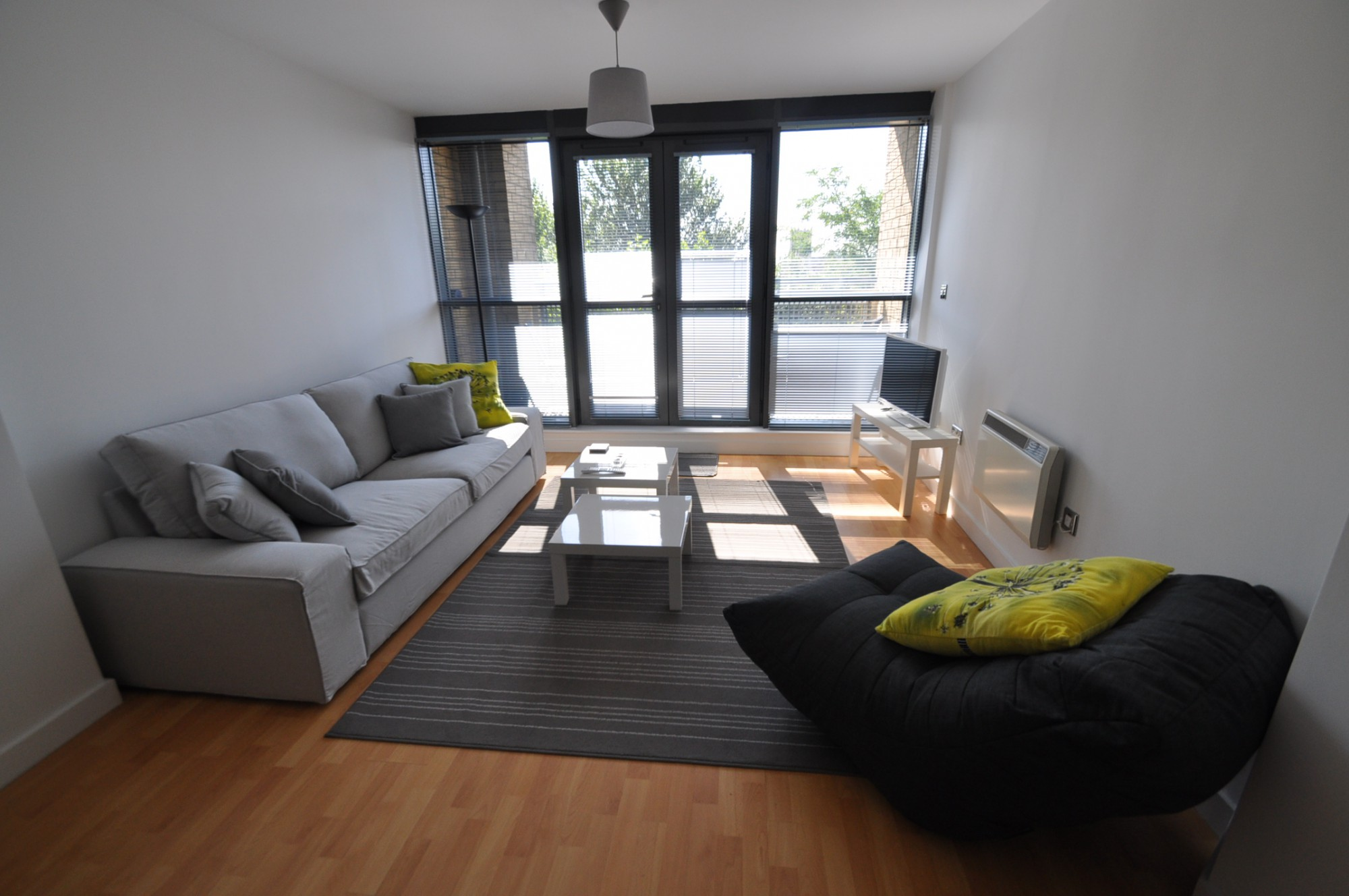 2 Bedroom Flat For Sale Queens Court Queens Dock Avenue