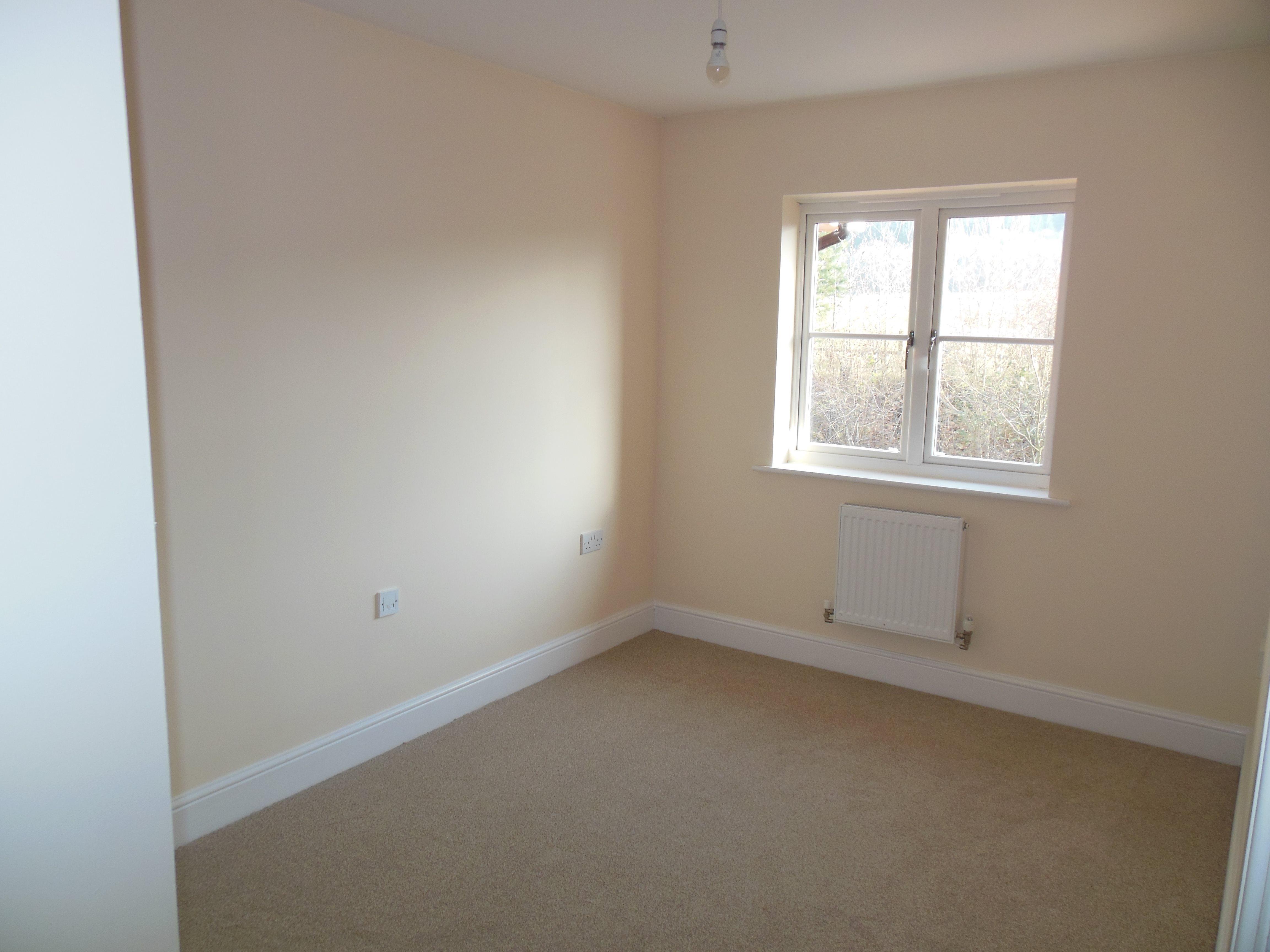 Bedroom Property To Rent Thatcham