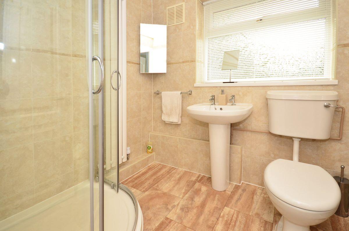 2 bedroom bungalow for sale rustington avenue stoke on trent st3 5ts Bathroom design and installation stoke on trent