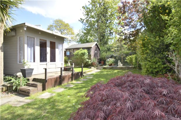 Property For Sale Shirley Avenue Redhill