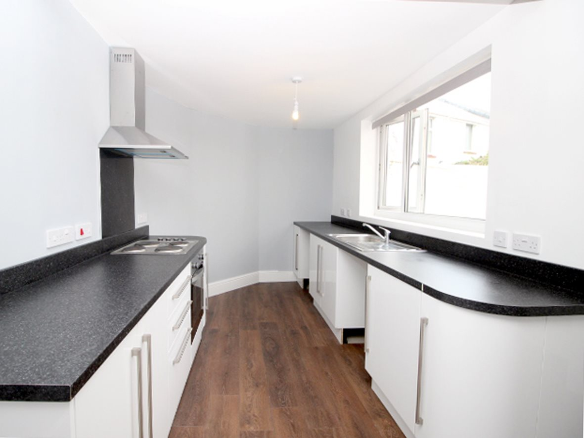 4 Bedroom House To Rent Grenville Road St Judes