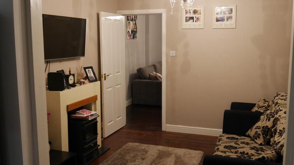 bedroom property to rent park lane hayes ub4 8ab thehouseshop