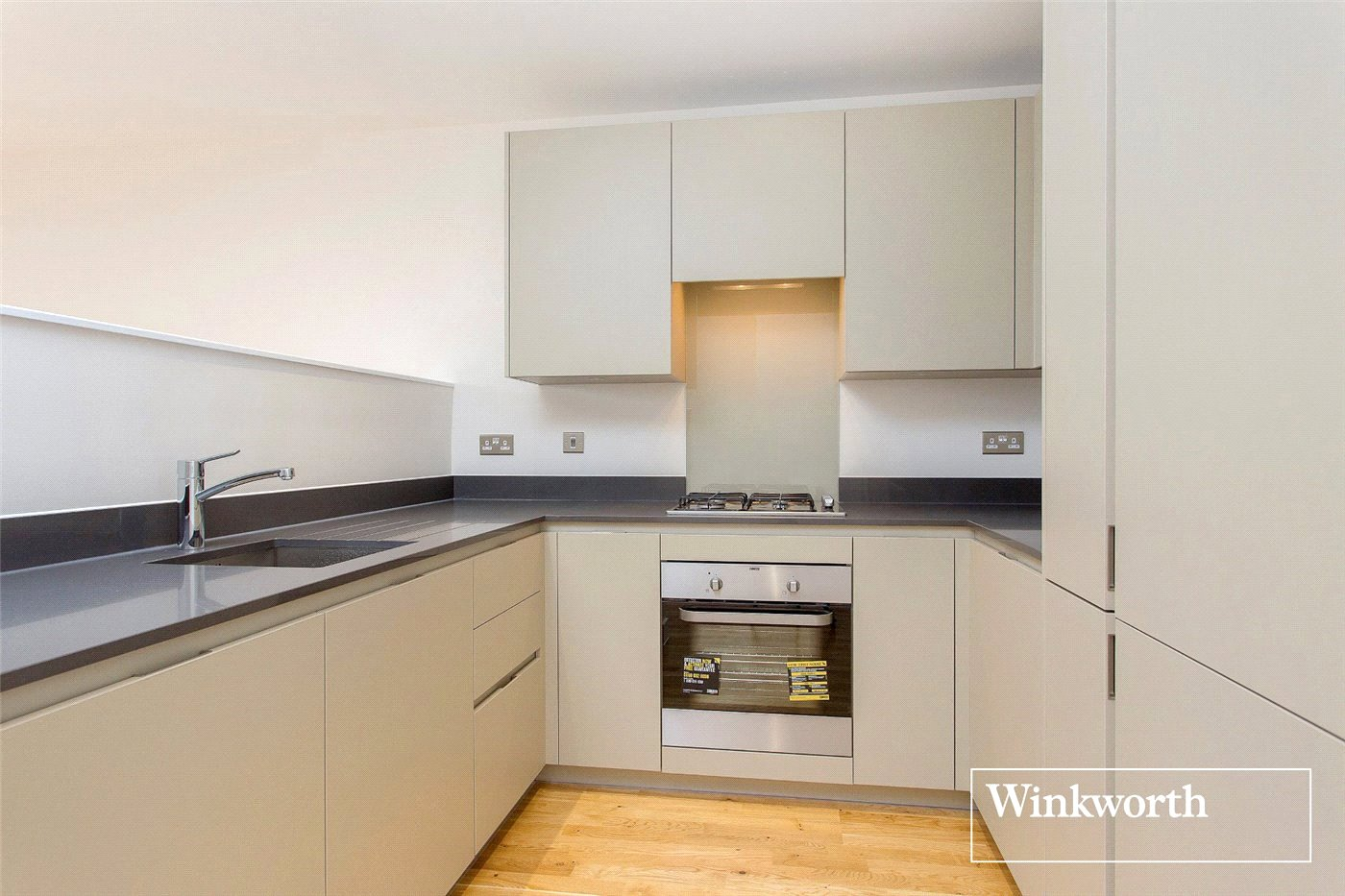 2 Bedroom Flat To Rent Bucaneer Court Percival Avenue London Nw Edgware Nw9 5ng