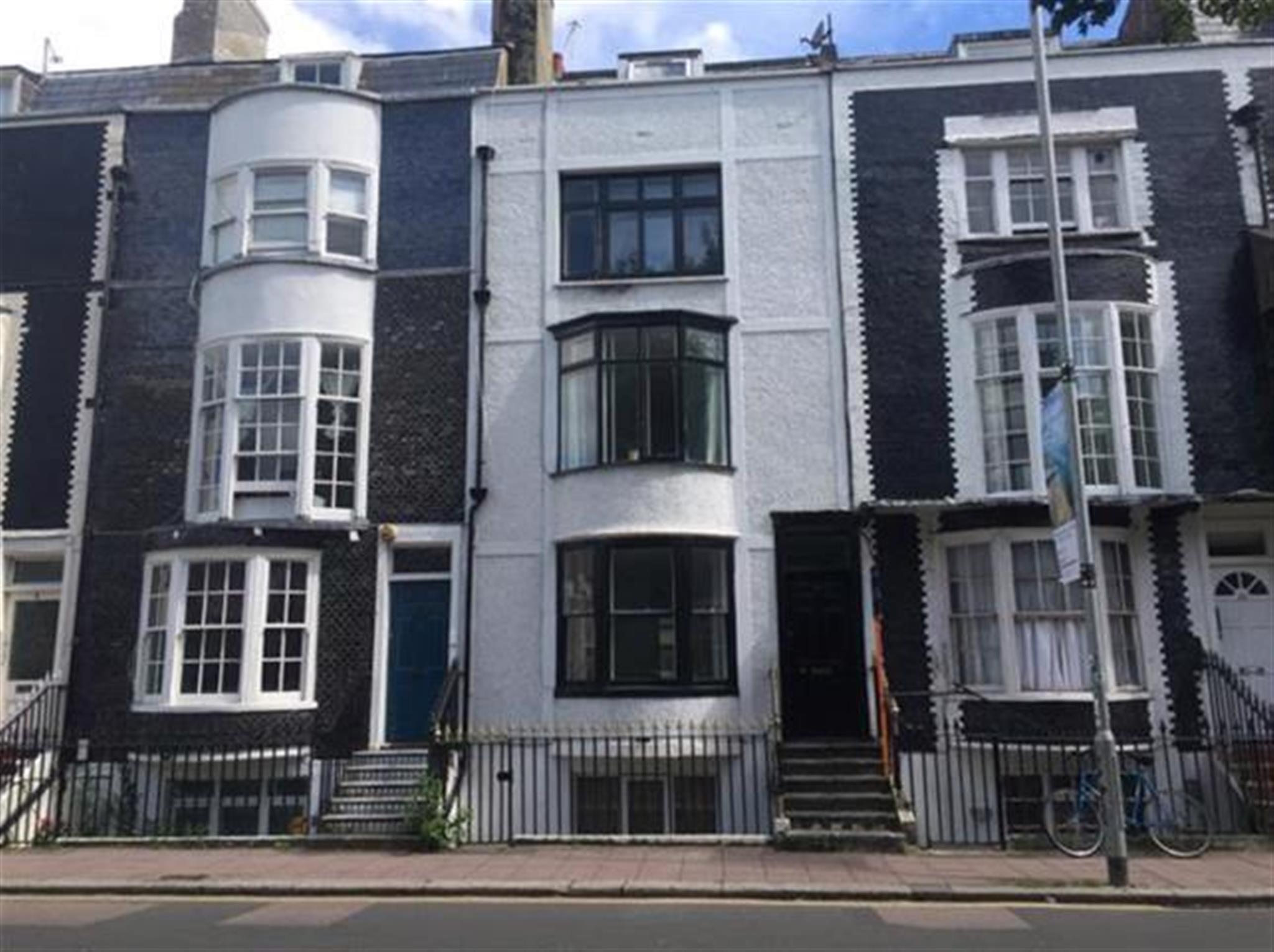 Apartment to rent grand parade brighton bn2 9qb for Room to rent brighton