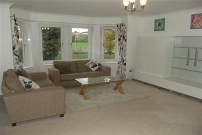 2 bedroom flat to rent, Braemar Court, Netherlee, Glasgow ...