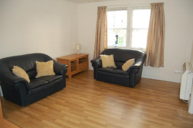 2 Bedroom Flat To Rent Union Glen Court City Centre
